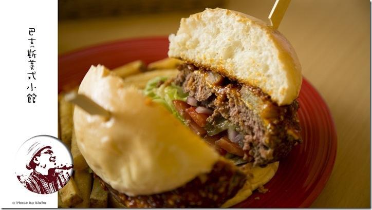 森巴辣醬鳳梨漢堡-巴克斯美式小館