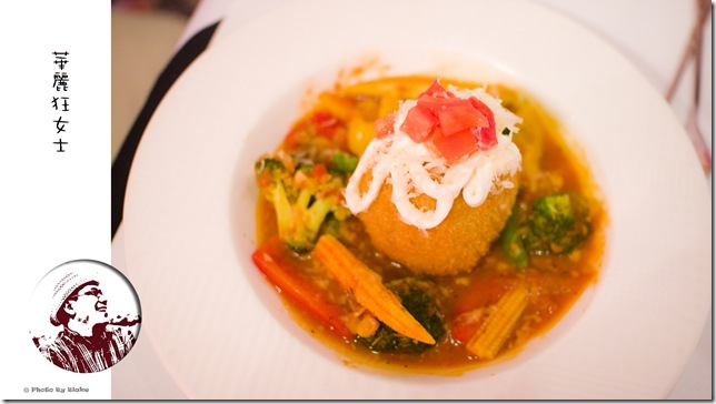 法式起司炸燉飯佐蕃茄紅醬